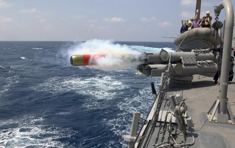 torpedo-67468_1280